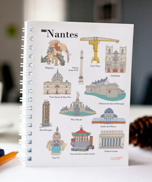 cahier à spirale original Nantes monuments cover