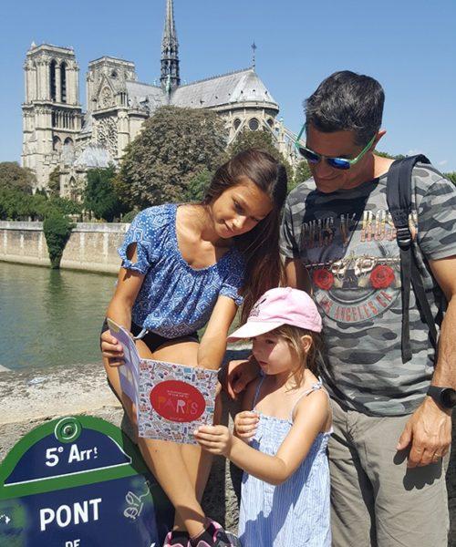 visitar París con cobertura familiar