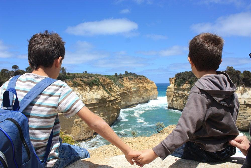enfants voyageant en Australie