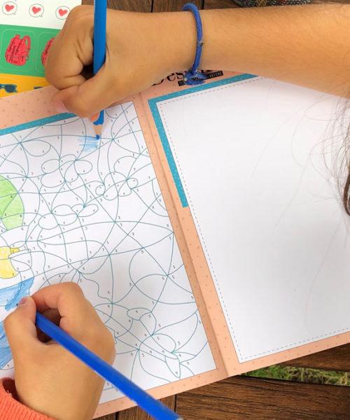 carnet de voyage à la mer de WanderWorld page jeux