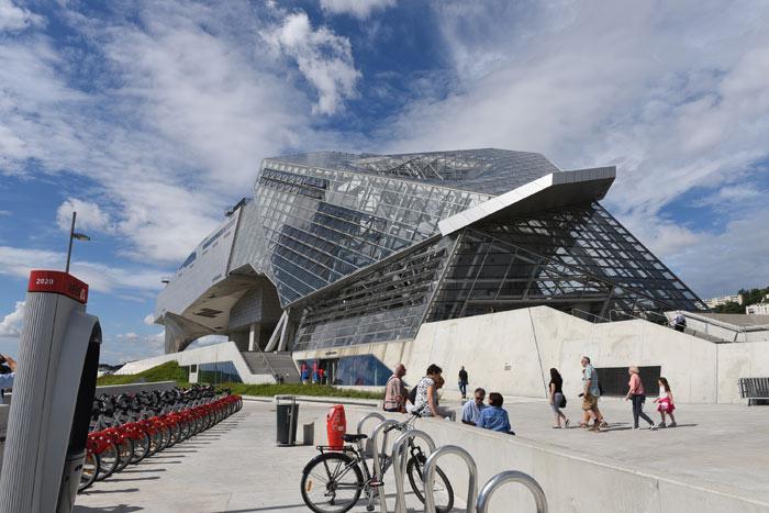 Visiter Lyon en famille : musée des Confluences.