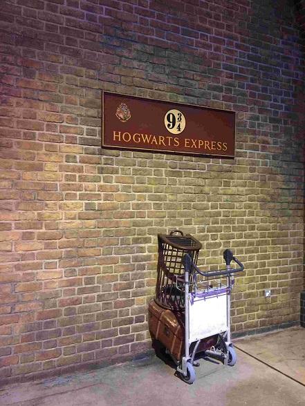 La plateforme des studios de Harry Potter une des activités à faire à Londres quand il pleut
